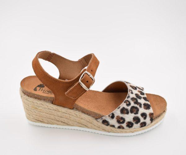 sandalia-bio-señora-galym-leopardo